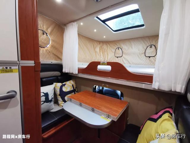 可下地库的四驱越野皮卡房车,可折叠的独立卫生间,牛了-18.jpg