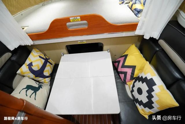 可下地库的四驱越野皮卡房车,可折叠的独立卫生间,牛了-19.jpg
