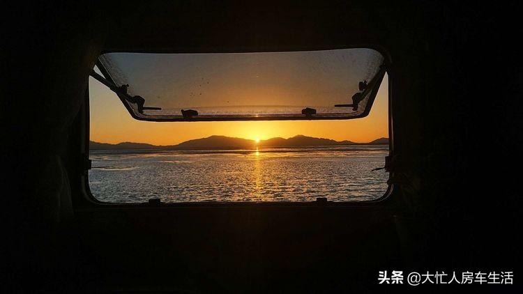 房车露营大柴旦翡翠湖,观光车大门准备好了免费的时间应该不长了-79.jpg