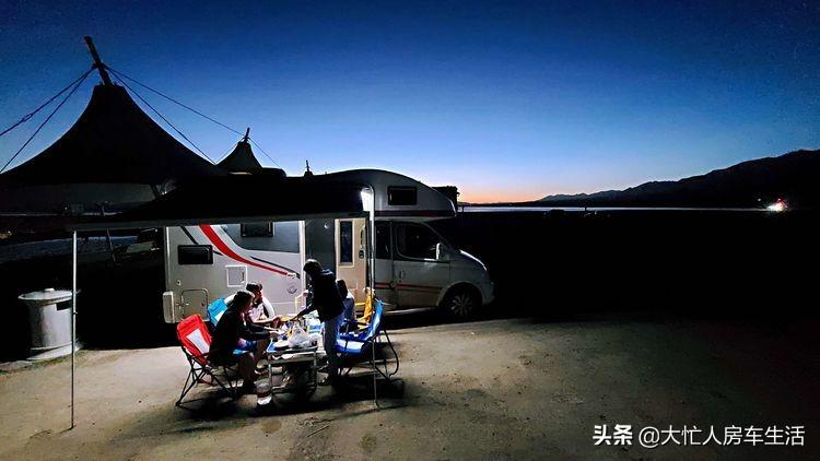 房车露营大柴旦翡翠湖,观光车大门准备好了免费的时间应该不长了-84.jpg