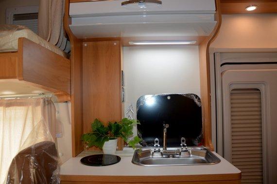 大通RV80 C型房车内部图片