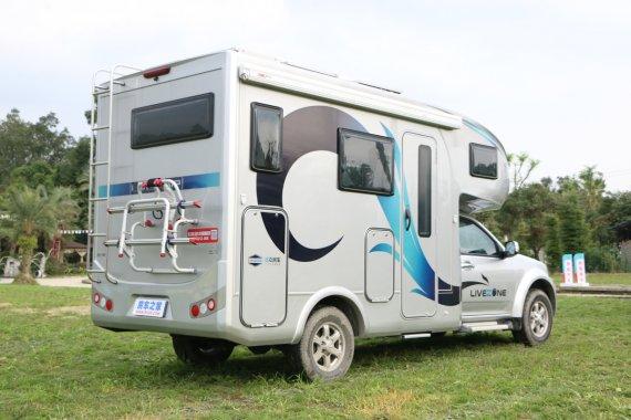 览众C7A房车,虽然空间不大,但是功能齐全