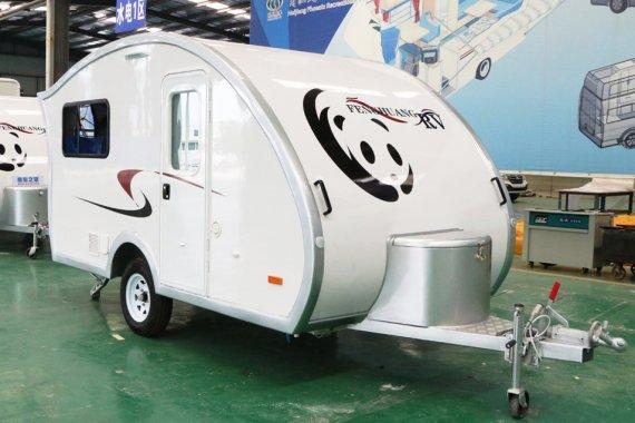 凤凰小熊猫拖挂房车,功能设施齐全,能下地下车库