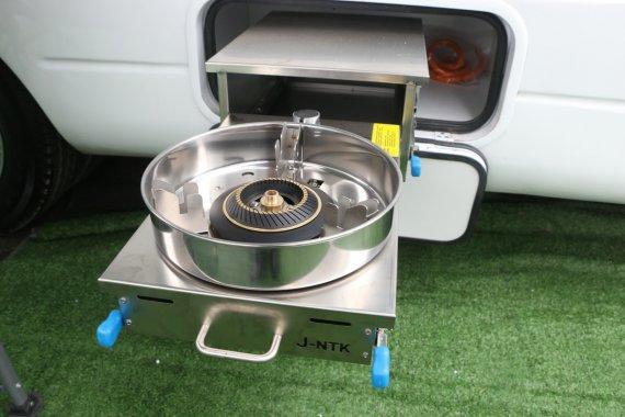 爱旅途星途YC80A房车,配800Ah锂电和大宇洗衣机
