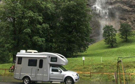房车自驾穿越亚欧之路(59)瑞士之雪朗峰下吉米尔沃德村