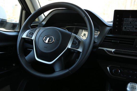 长城览众风骏C7-A房车驾驶室图片
