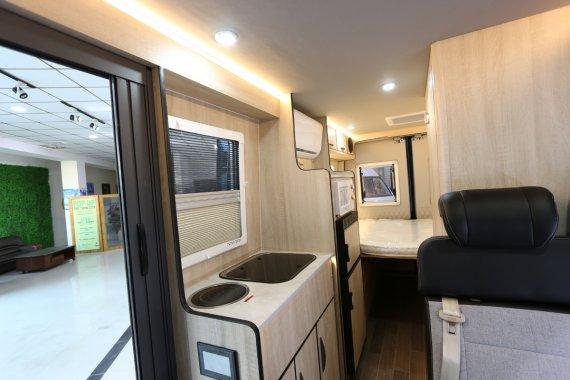 爱旅途DM90房车内部图片
