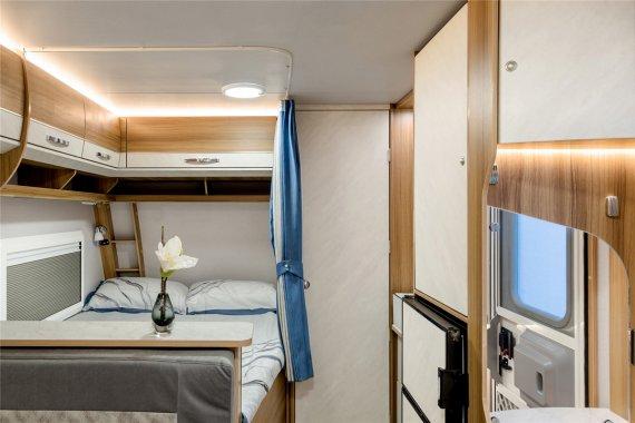 卓美亚T420纵床版房车内部图片